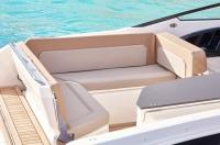 755-cruiser-details-0186_aft-seat-ext-l-lounge_f