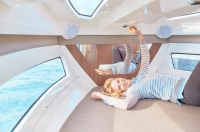 755-cruiser-details-1476_cabin-cushions_f