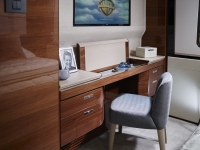 Princess-30M-Starboard-Double-Dressing-Table_open