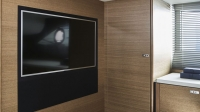 f45-interior-owners-stateroom-tv-rovere-oak-satin_01-1170x658