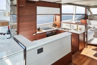 princess-70-galley-3-rt