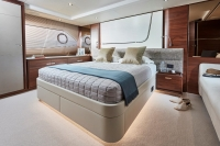 princess-70-master-stateroom-2-rt