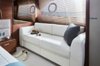 princess-70-master-stateroom-sofa-detail-1-rt