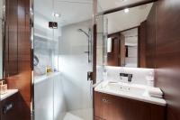 s78-forward-bathroom-3-rt