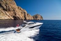 v40-exterior-white-hull-2a