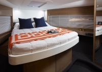 v48-open-forward-cabin-rovere-oak-gloss-993x700