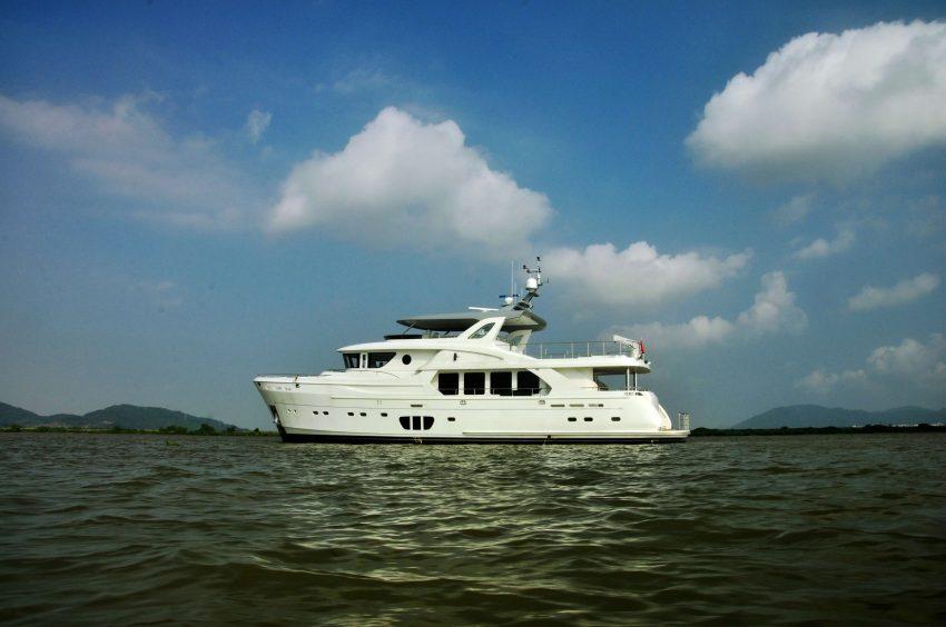 Selene 92 Ocean Explorer