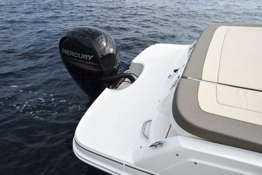Bayliner VR5O Cuddy
