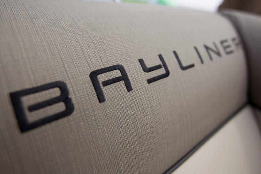 Bayliner Element XR7