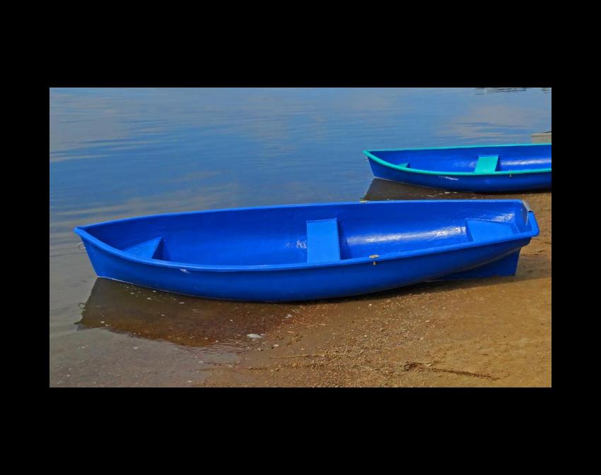 Стеклопластиковая лодка Омуль