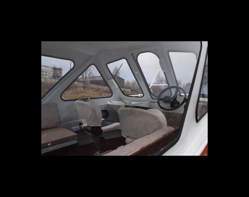 Неман-500 (закрытая рубка)