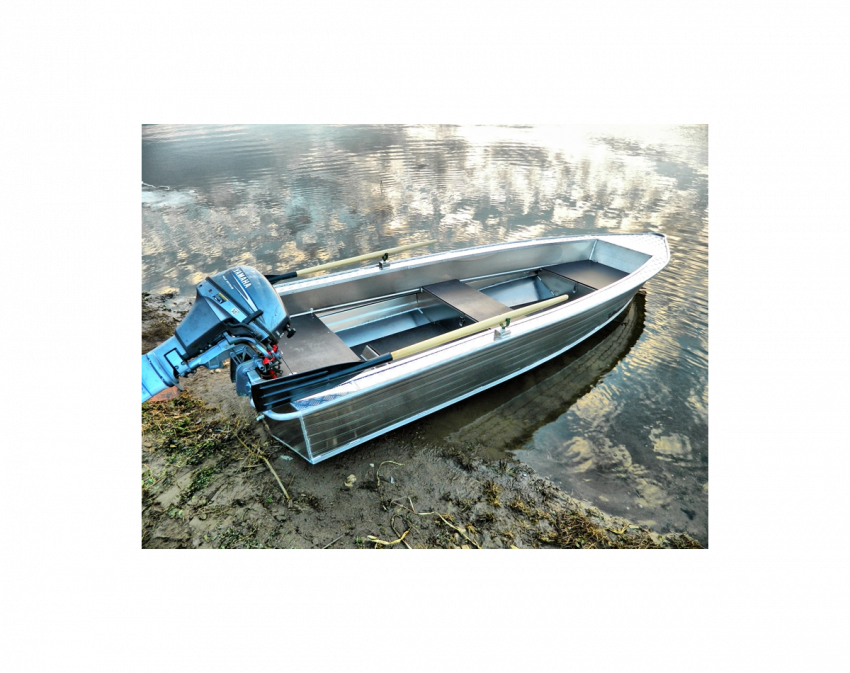 Wyatboat 390 У