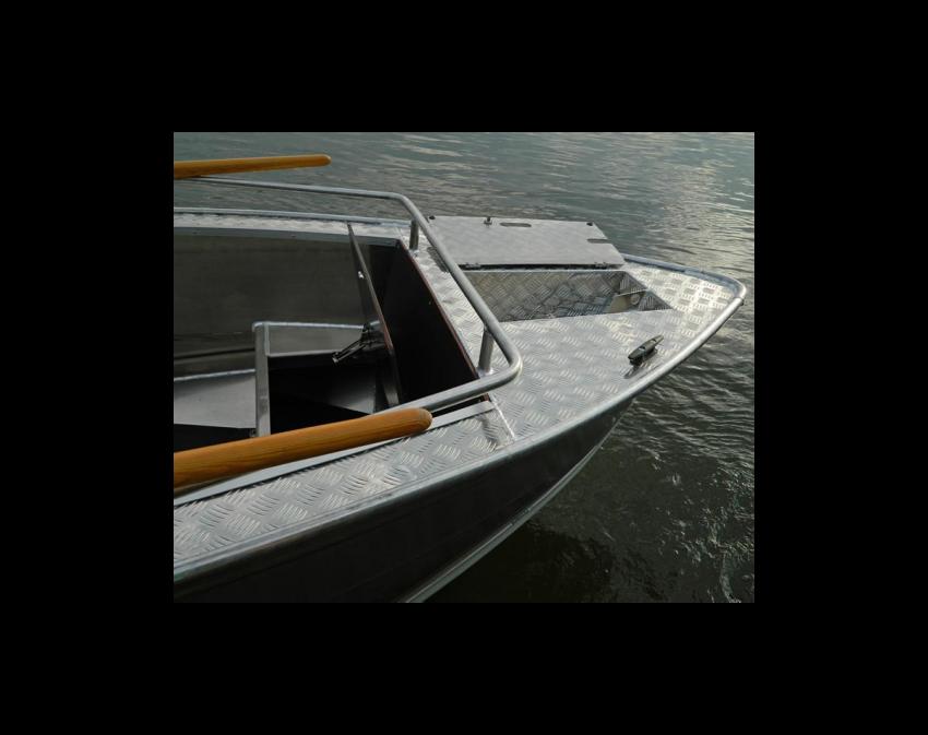 Wyatboat-490 P