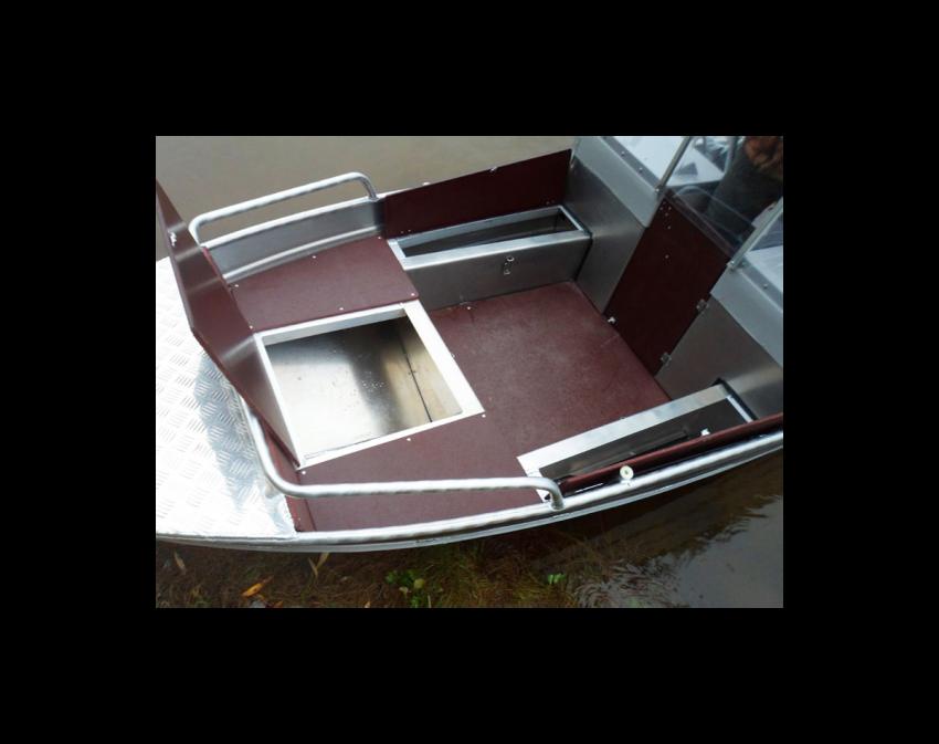 Wyatboat-390 M с 2 консолями