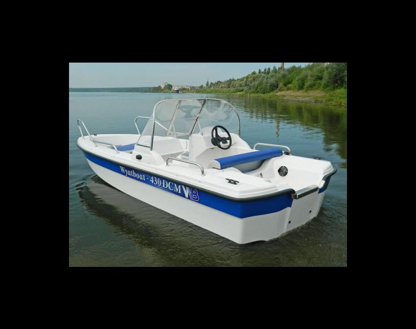 Wyatboat-430 DCM (тримаран)