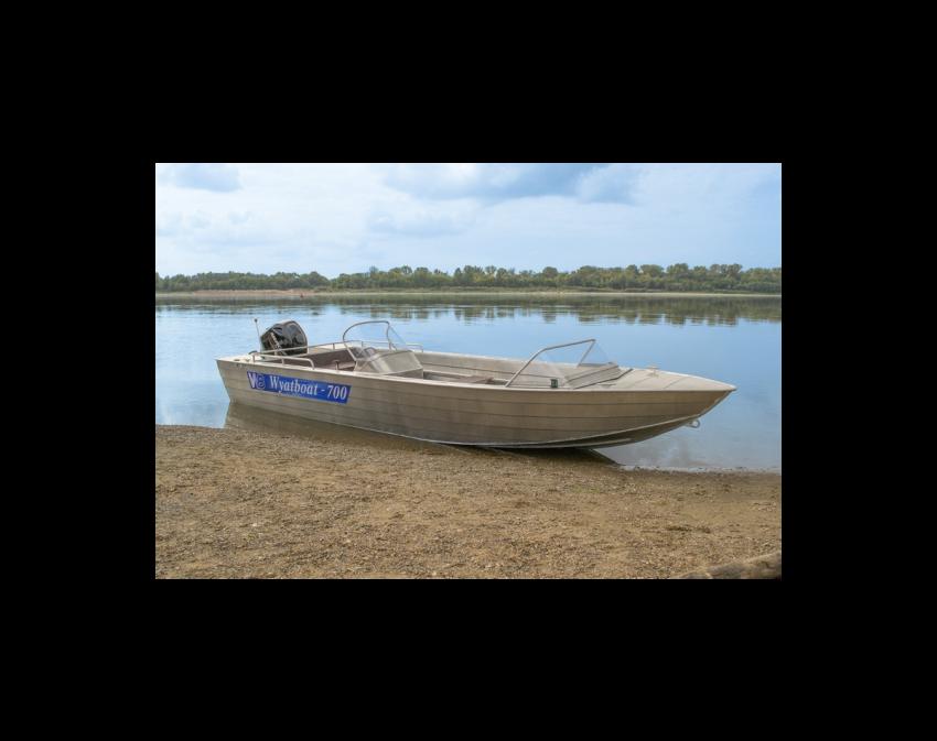 Wyatboat-700