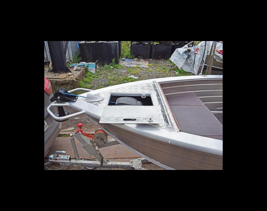 Wyatboat-390 C